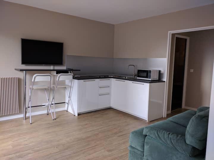 Bel appartement avec balcon,parking optionnel