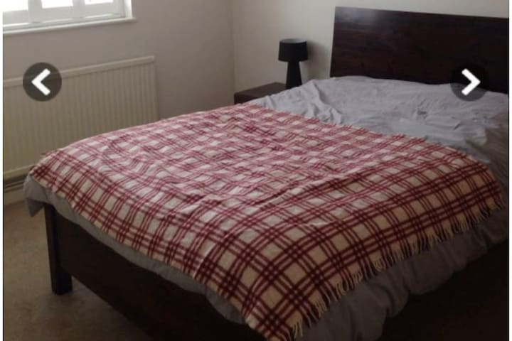 Close to the River and Central London