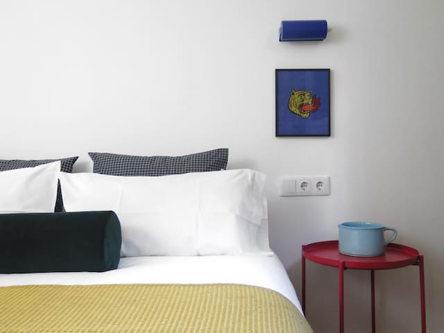 Artist Private Suite (20 min to Barcelona Centre).