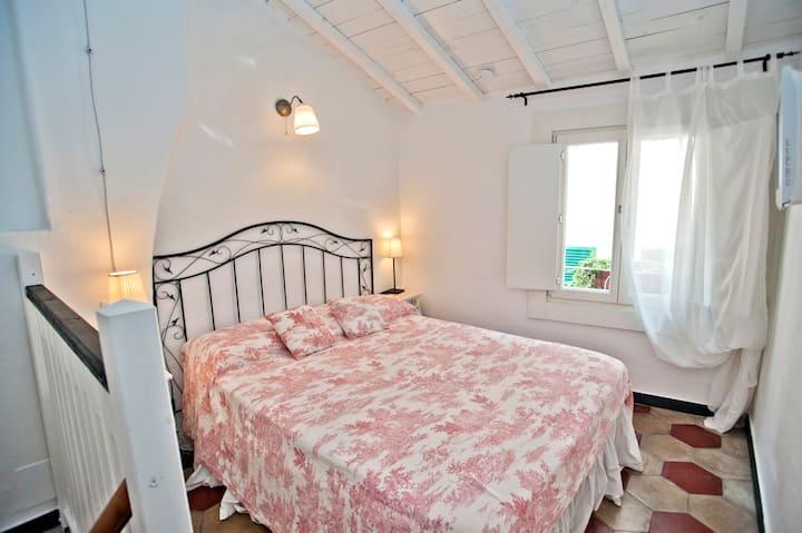 il Borgo di Genova single Room Genoa center