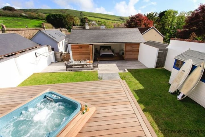 CROYDE WISTERIA COTTAGE | 4 Bedrooms - Croyde - Hus