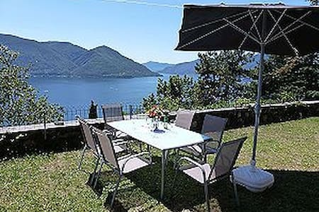 Villa oberhalb Ascona mit Seesicht - Ronco sopra Ascona