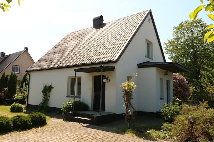 Villa Ösel 1, Saaremaa