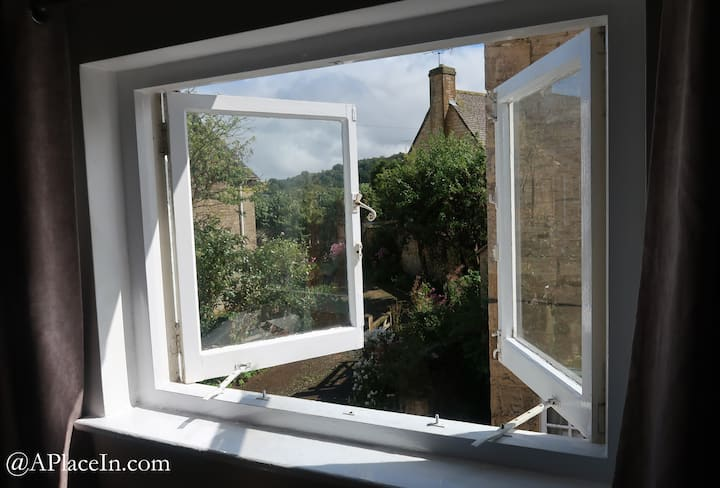 Boutique cottage in the heart of Winchcombe