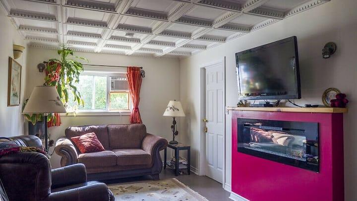 Circa 1894 Guest House Double Suite/Apartment