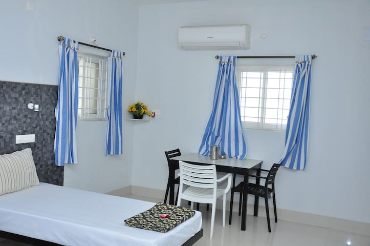 Standard Quadruple Room Close to Beach A/c