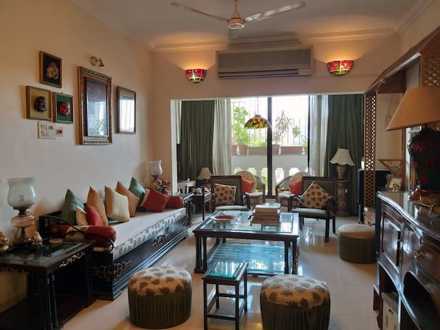 Private, Clean and Sunlit room in Kalyani Nagar