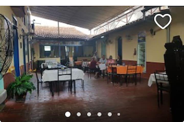 Restaurant Sabor y Arte
