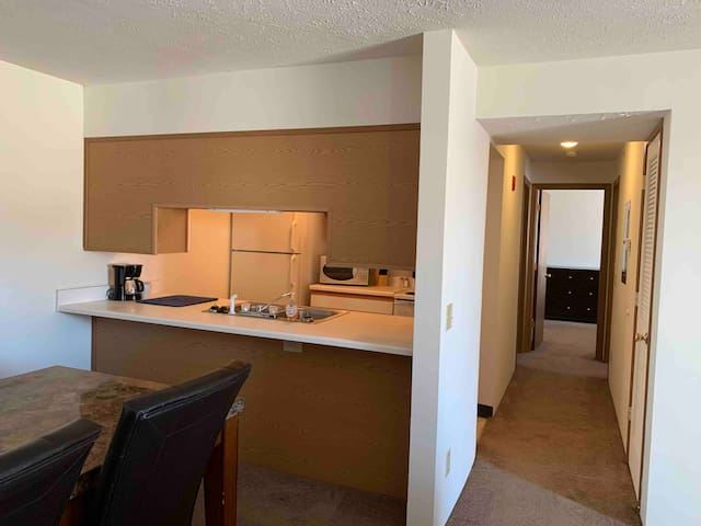 Lawton Furnished Apartment Suite-2 bedrooms