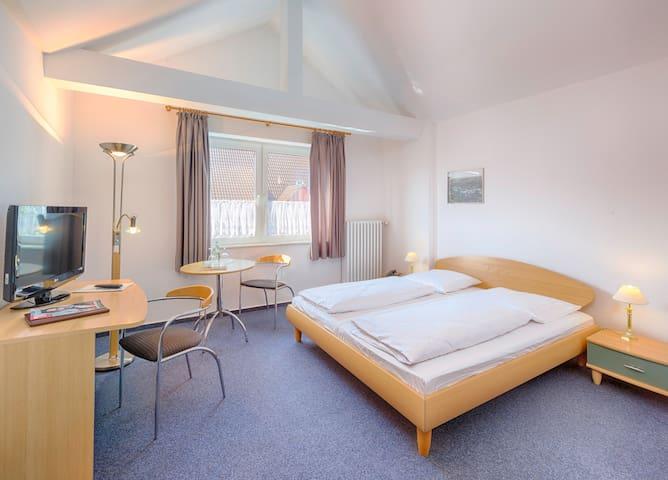 Mitten in Hamelns City - Doppelzimmer im Hotel