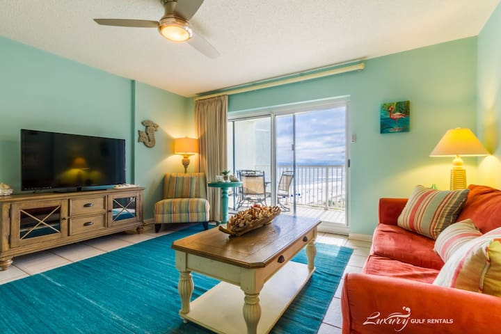 All reasonable offers considered for any stay ** Tradewinds 607*
