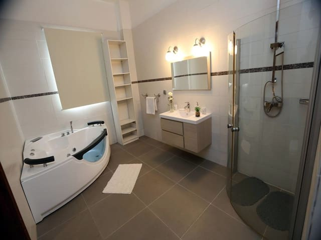 Maison confortable-2 chambres