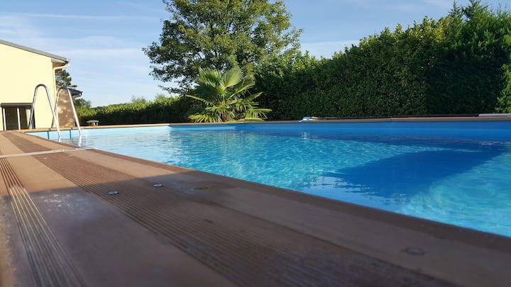 Maison à proximité de Fontainebleau avec piscine