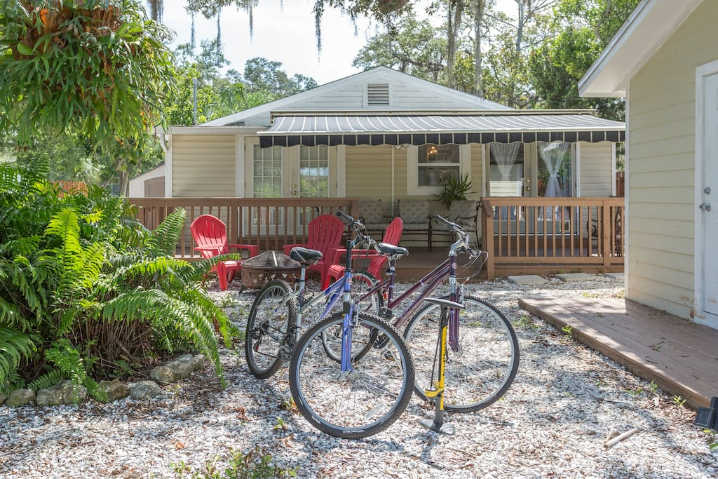 Two bikes included. Easy bike rentals right on Pinellas Trail. Ride downtown in 5 minutes.