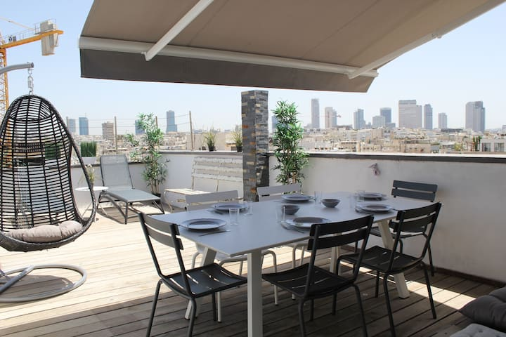 ~~Amazing Penthouse with Terrace -on Sirkin street