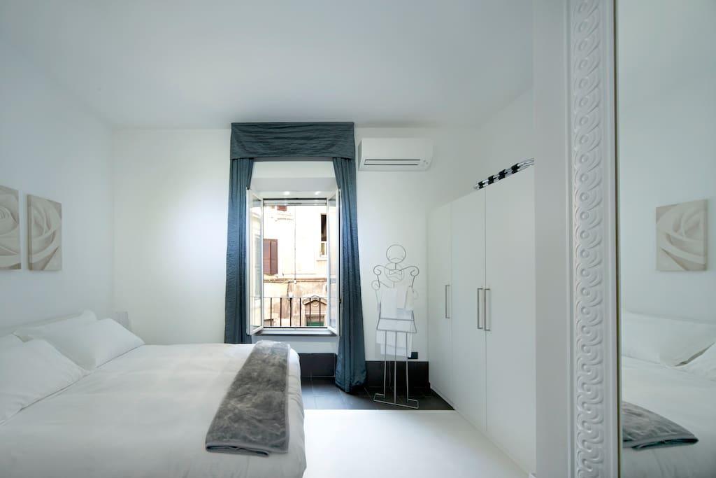 Suite intima per coppie appartamenti in affitto a roma for Piani di casa per coppie di pensionati