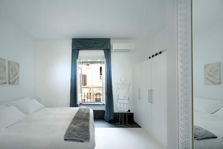 Intimate Suite for couples