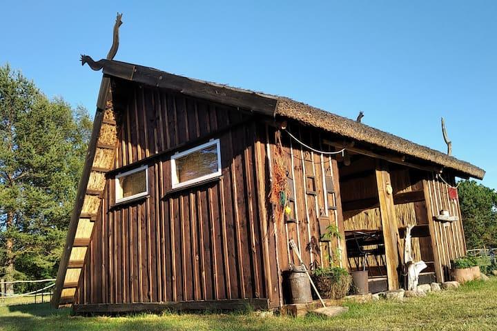 Wood & Reed Camp house @ Mikjanu seta