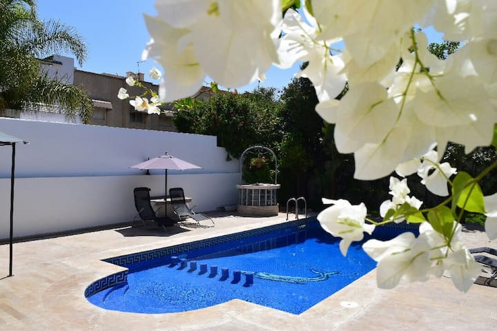 Spacious house with private pool - Mohammedia - Dom