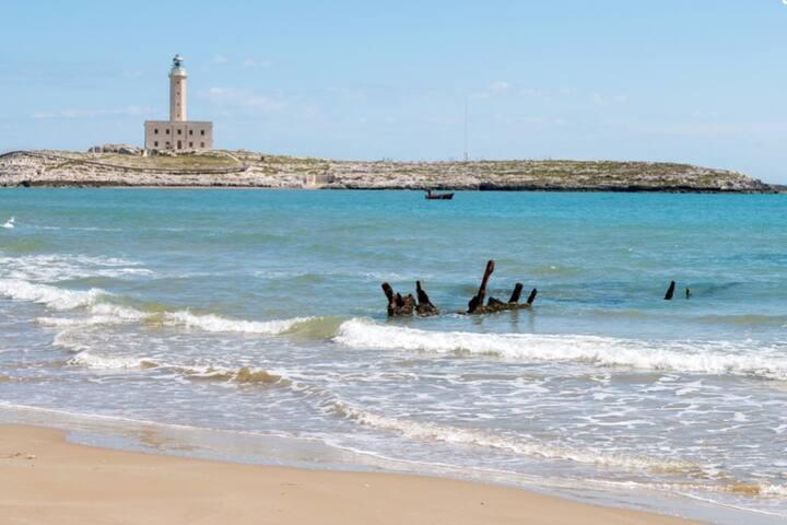 Spiaggetta di Marina Piccola a pochi passi dalla casa