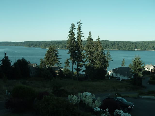 Gig Harbor spacious view home all reviews 5 stars - Gig Harbor - House