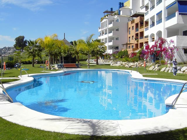Apt on the seafront with Air Cond. - Almuñécar - Apartment