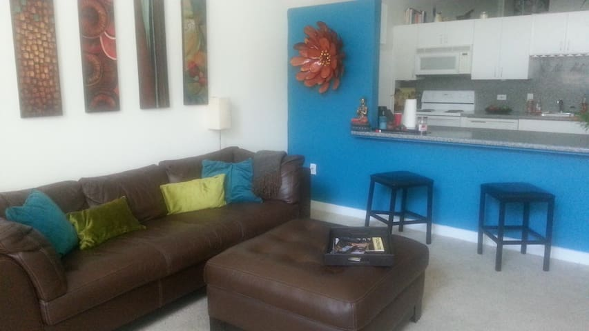 Upscale Waterfront Loft Apartment - Camden - Byt
