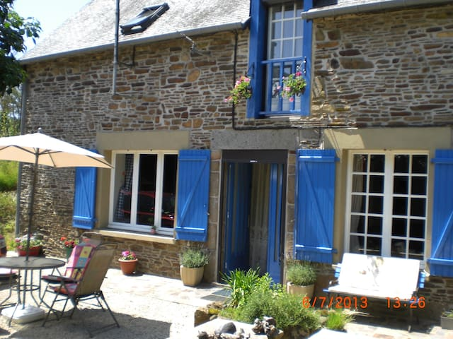 RusticCottage near Mont St Michel 1 - Trans-la-Forêt - Bed & Breakfast
