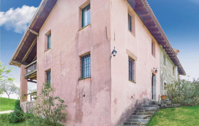 Semi-Detached with 2 bedrooms on 120 m² in Corno di Rosazzo (UD)