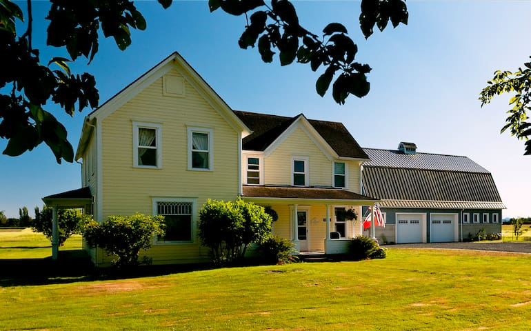 Swiss Family Farmhouse, Glowing Reviews! BOOK NOW! - Mount Vernon - House
