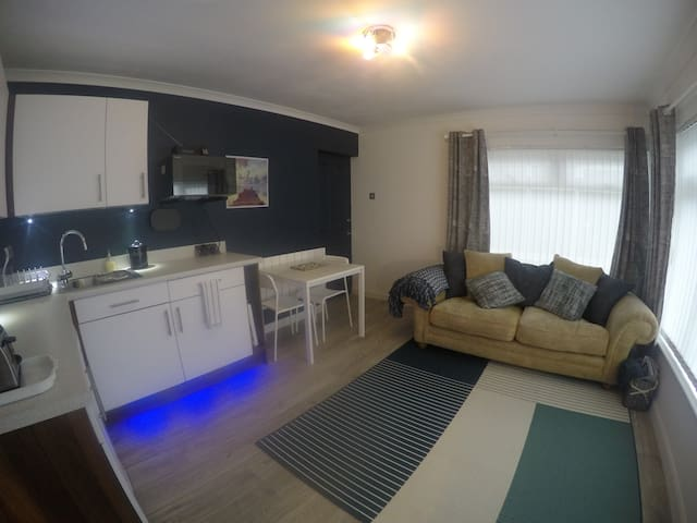Cosy corner of Cornwall - Privacy & Parking