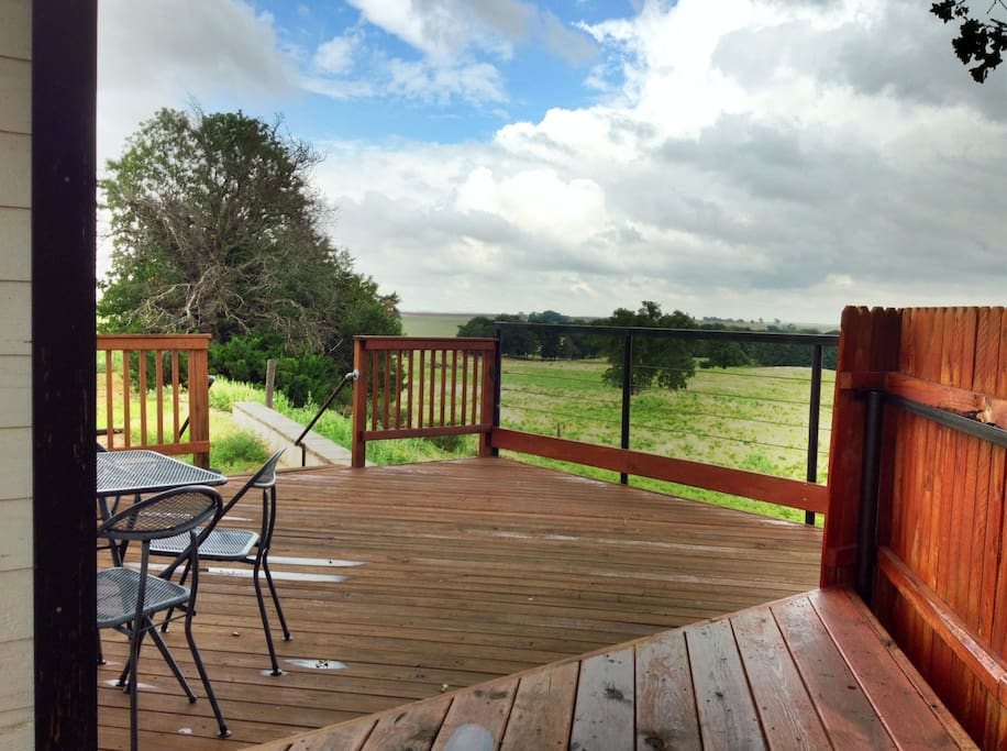 A view from the Back Deck to the Side Deck.
