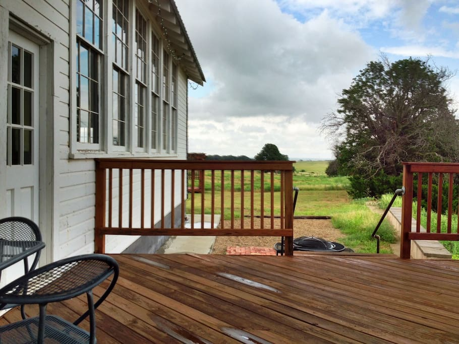 A view of the Side Deck towards the Front and Pergola.