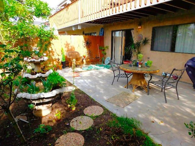 1Br/1Ba Small Home Close to Beach - Solana Beach - Casa