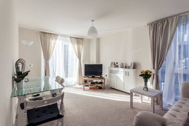 Single room by Colindale tube - Londres - Pis