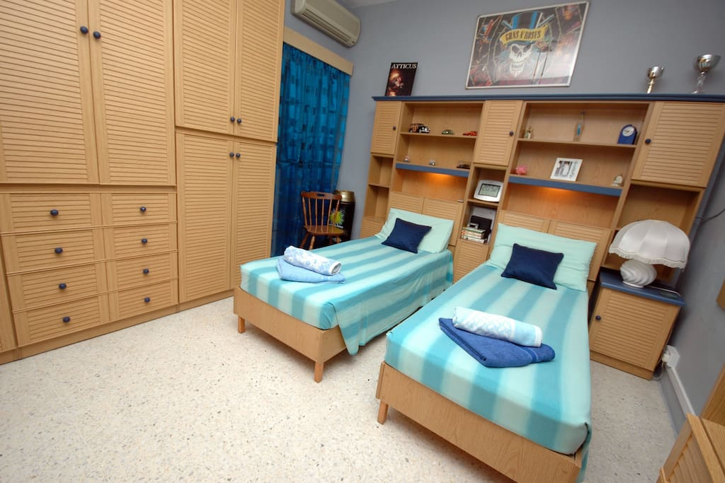 Clean Air Conditoned Apartment