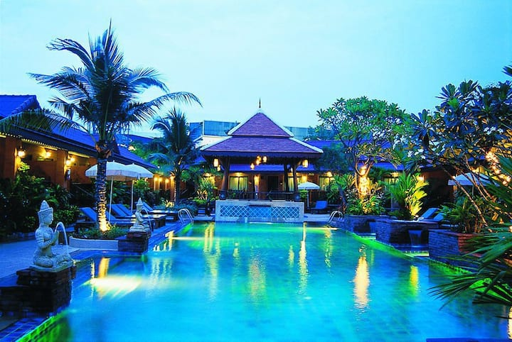 Ruen Thai Paradise