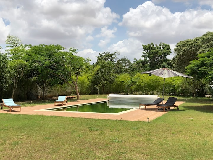 A tranquil country house just outside Luanda