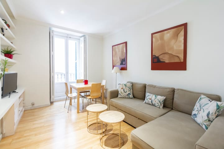 MADRID CENTER CHUECA APARTMENT