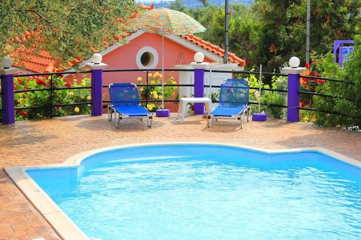 Cosy studio with pool and wifi  in Kefalonia - Kefalonia Prefecture - Wohnung