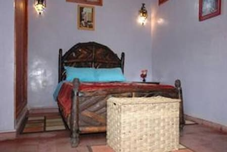 Room Patchouli - Ourika - Bed & Breakfast