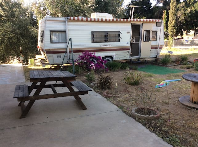 Cozy Camper in Private gated yard