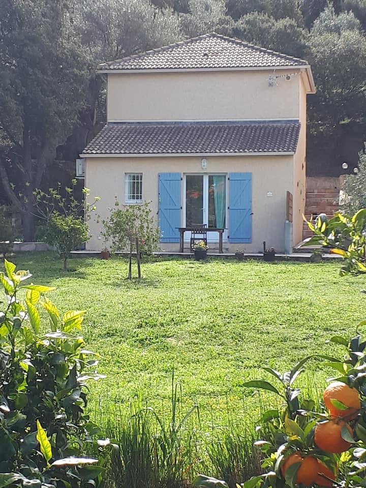 Mini-villa avec jardin à 2min d'île Rousse