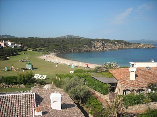 Appartamento con spiaggia privata a Porto Cervo