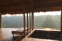 Feel the warmth of a morning sun at the Panorama Room. Never two mornings are the same at Ayung Panorama! It is everchanging. It is ephemeral. It is sublime!