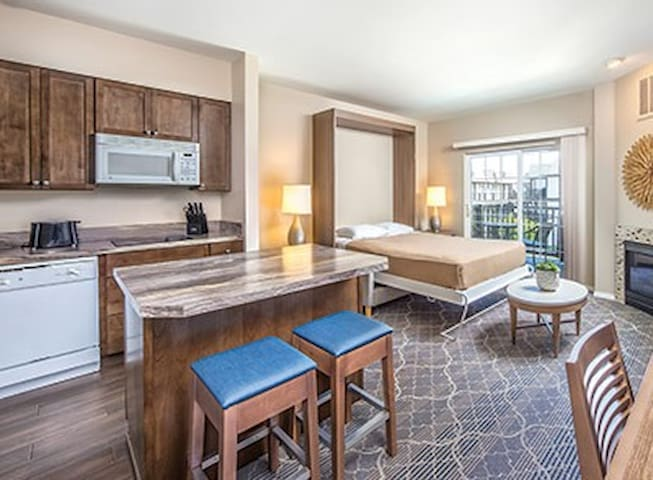 Beautiful Two-Bedroom Condo at WorldMark Solvang!