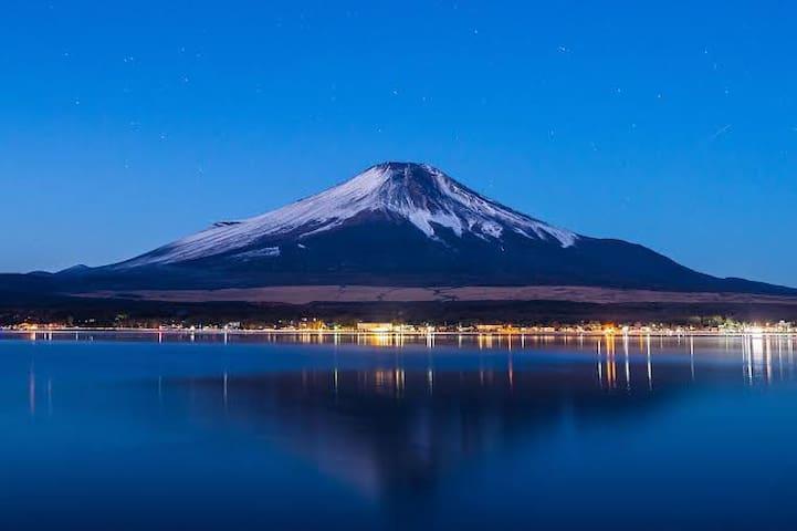 山中湖湖畔歩いて30秒 Yamanakako on foot 30s 山中湖畔步行30秒
