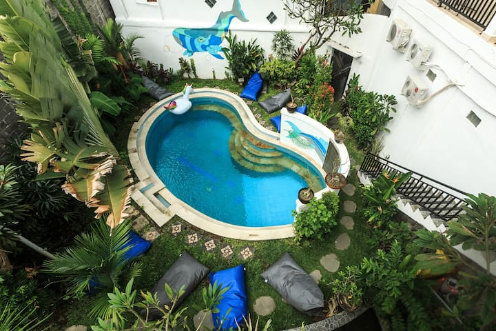 La Costa Central · Cozy hotel room close to Double Six Beach