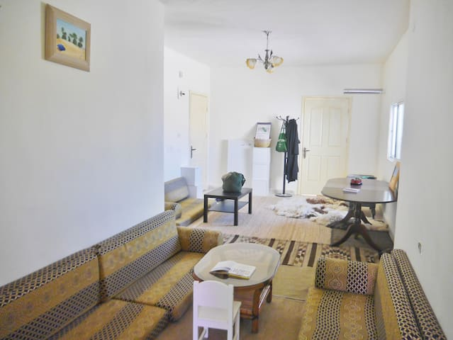 The Meadow of the Doves Homestay | بيت مرج الحمام