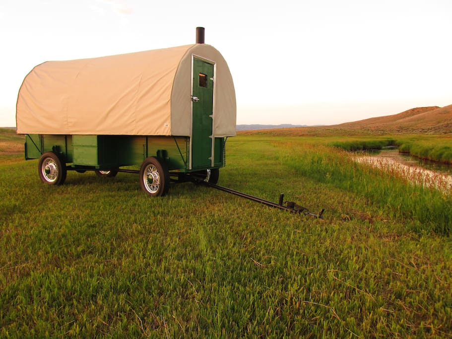 heward 39 s fully restored 1920 39 s sheep wagon 1 campers rvs for rent